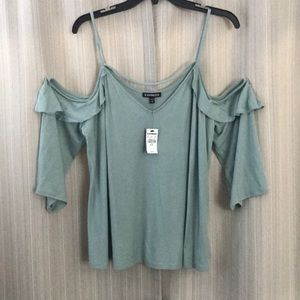 NWT Express off the shoulder 3/4 sleeve. Size XL